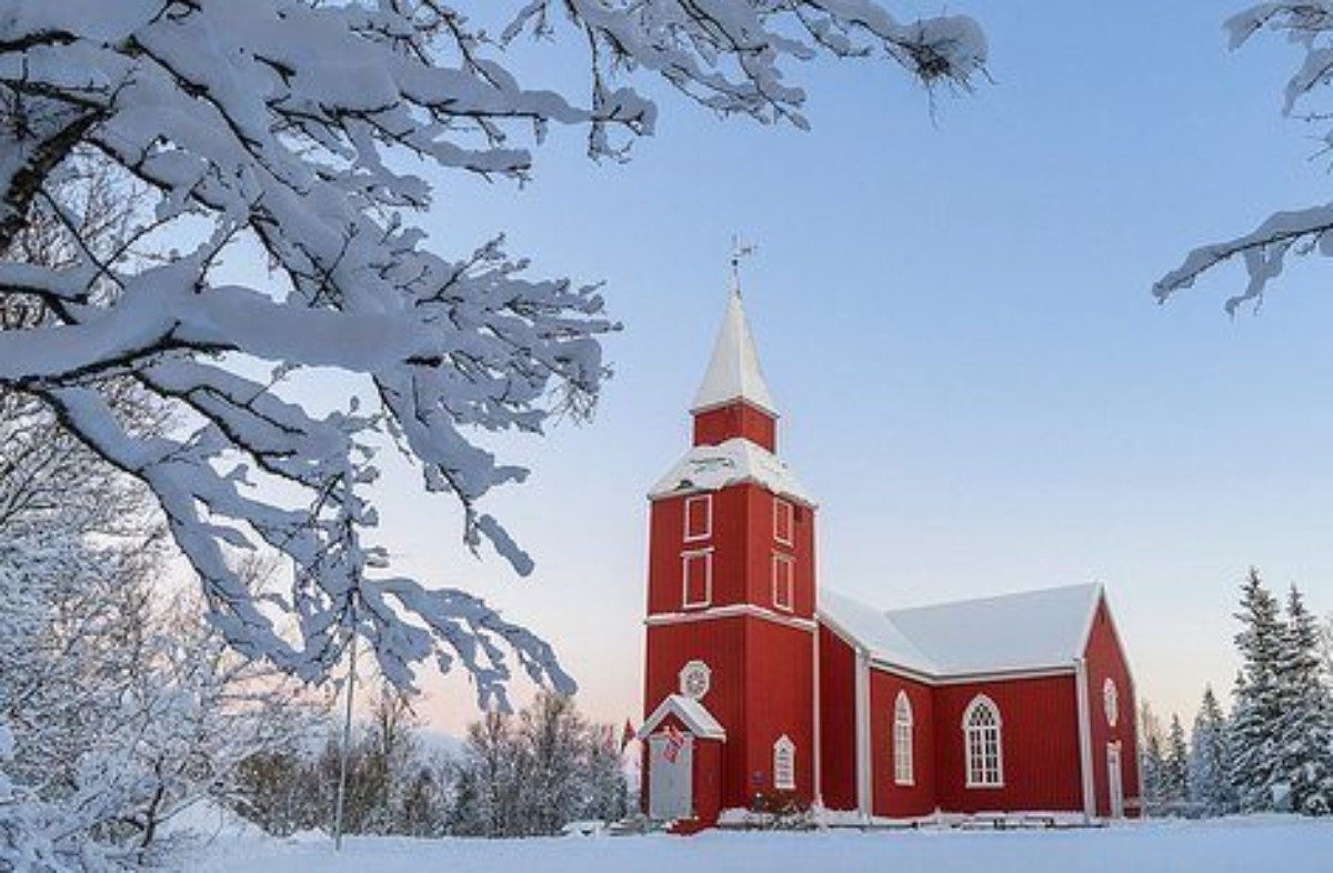 Elverhøy kirke 3